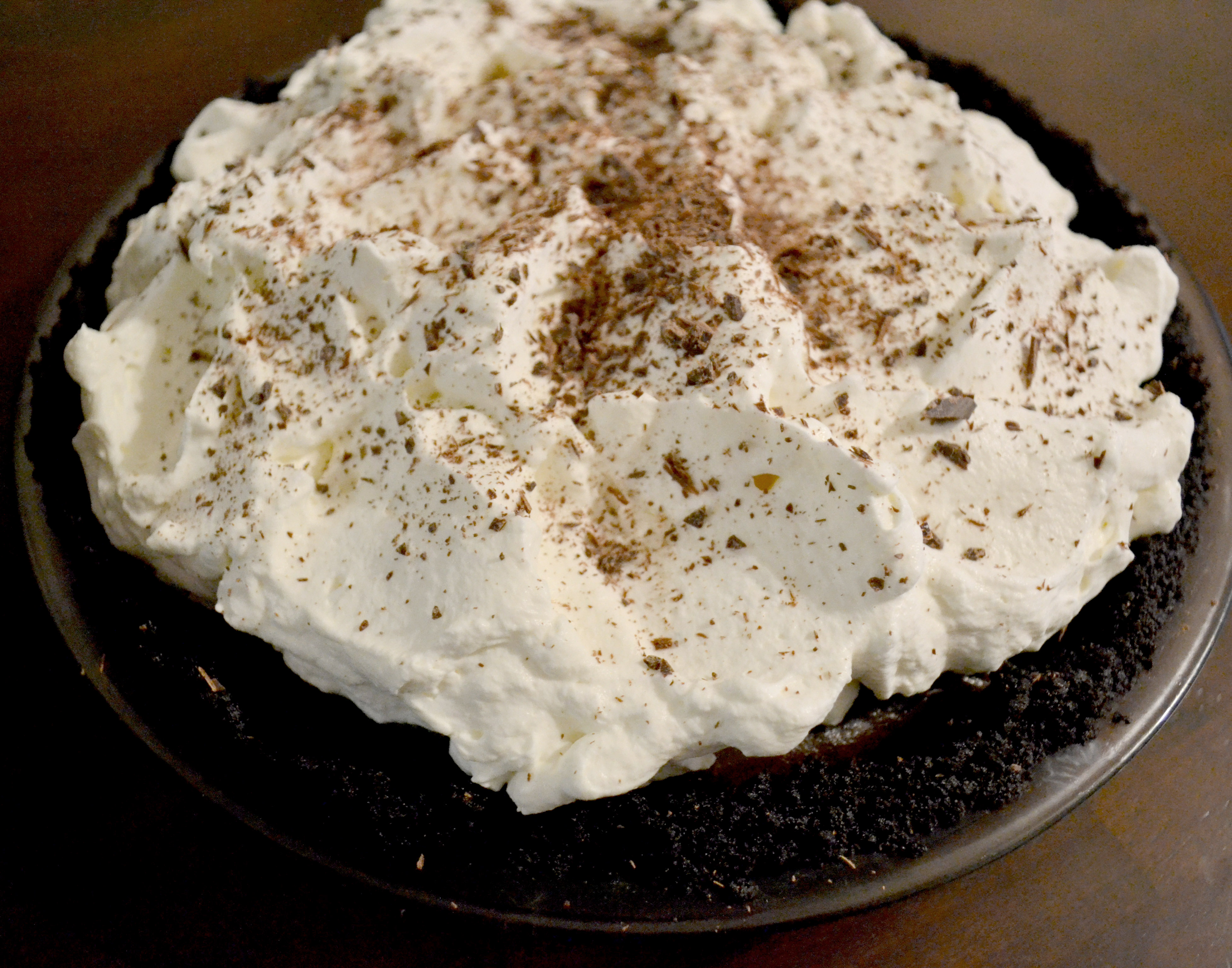 chocolate-pie-with-whipped-cream